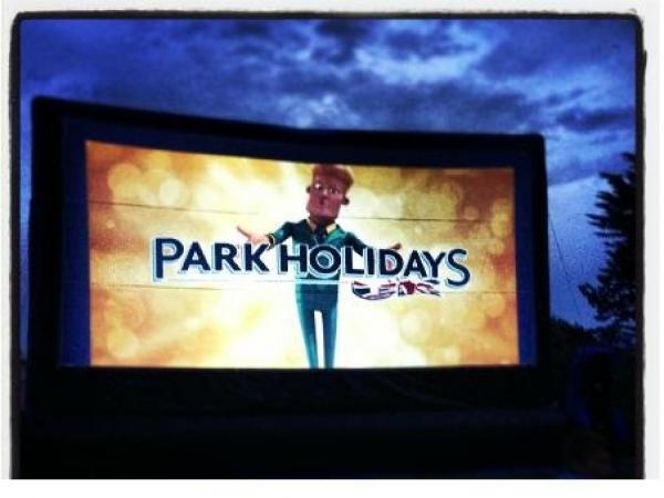 riviera bay holiday park, UK, inflatable movie screen